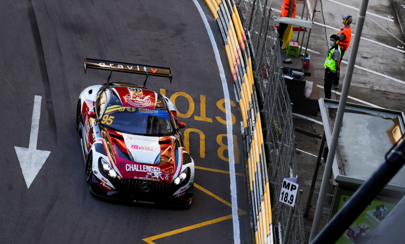Theodore Racing supported Darryl O'Young who won the Macau GT Cup qualification race.