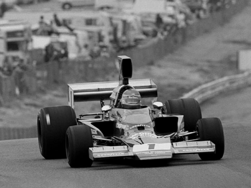 Theodore Racing first went to America with the Theodore Lola to race in the American Formula 5000 series at Laguna Seca and Riverside.